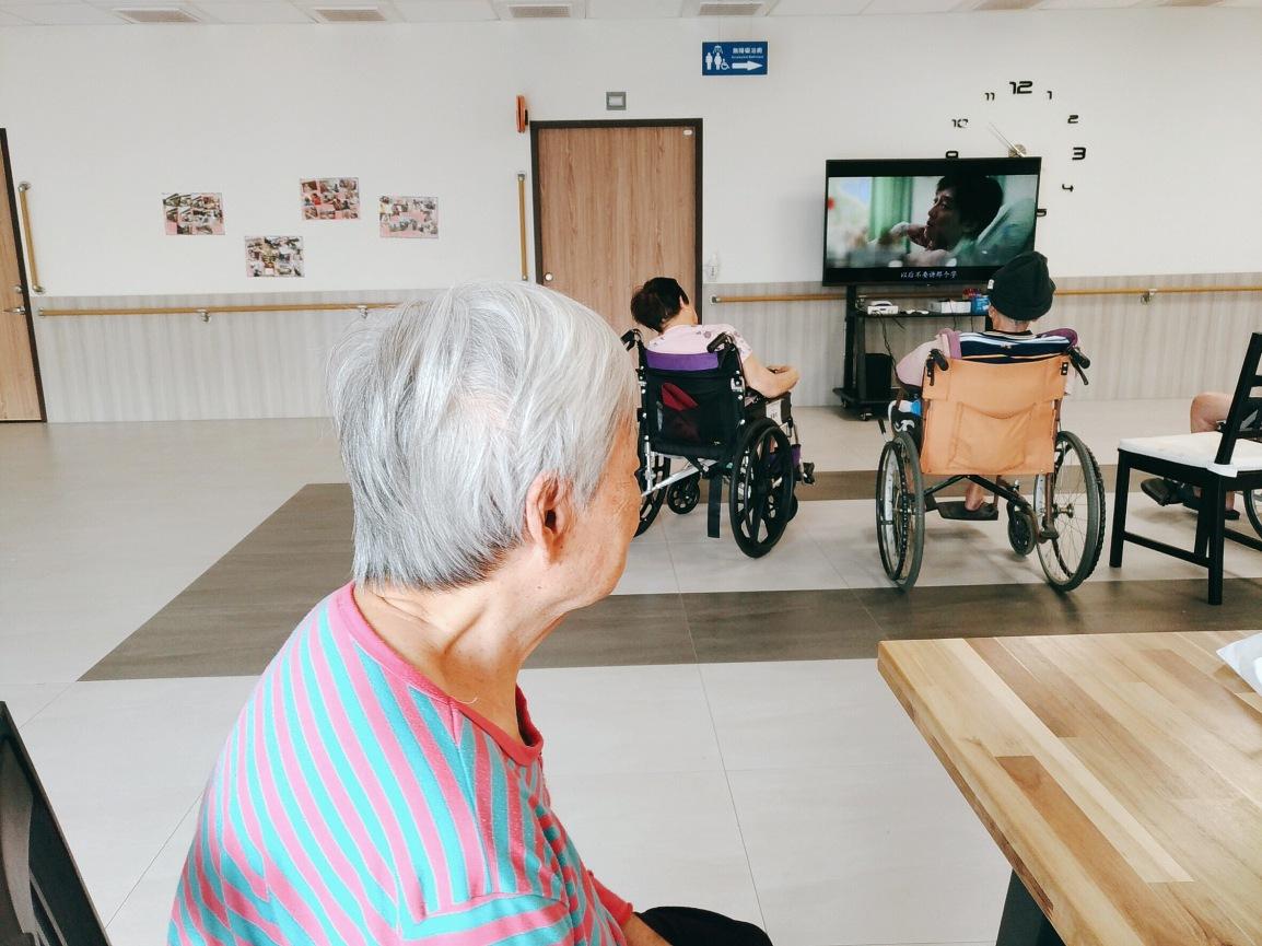 【長宸活動】影劇欣賞-親愛的奶奶